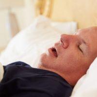 Comment éviter de dormir la bouche ouverte?