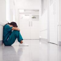 Comment calmer et gérer une crise de nerf?