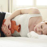 Comment calmer les règles douloureuses naturellement?