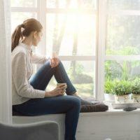 Comment faire pour ne pas se sentir seul chez soi?