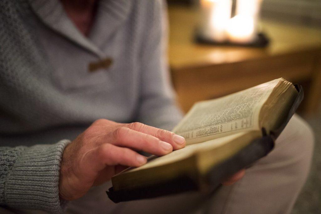 Comment méditer la bible (parole de dieu)