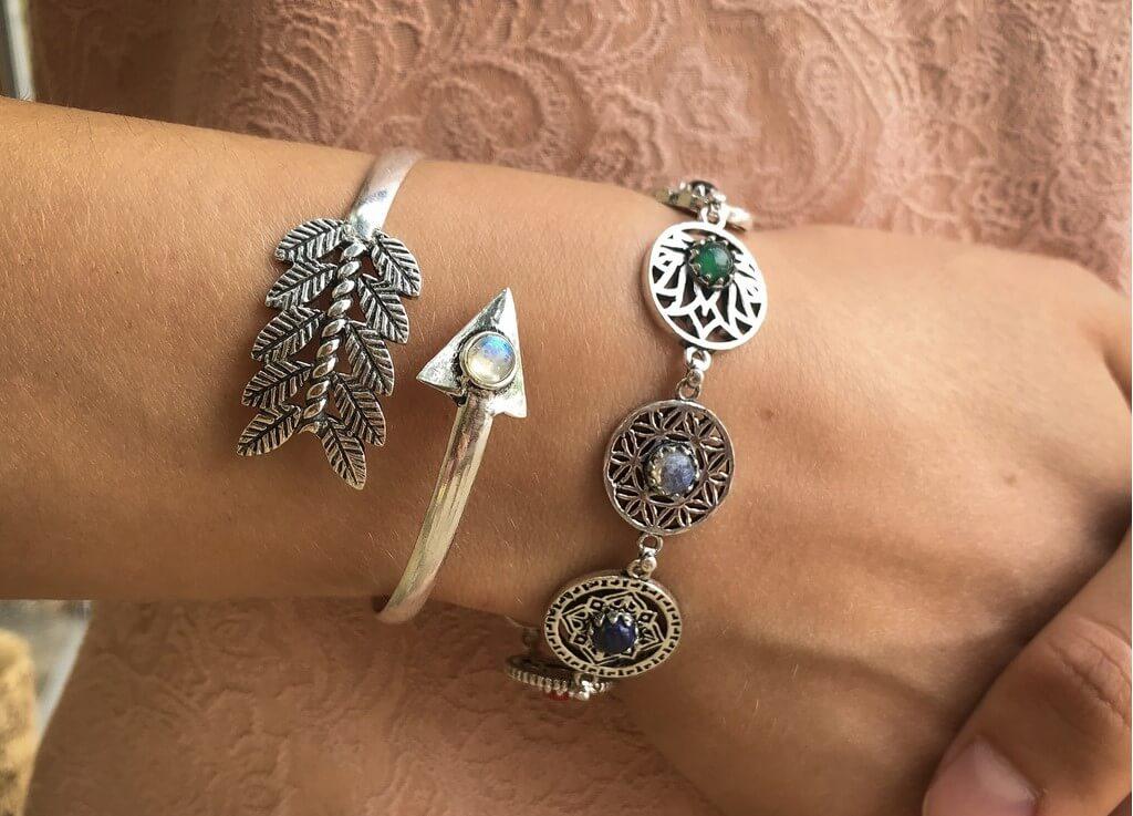 Comment nettoyer et recharger son bracelet 7 chakras
