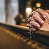 Comment prier pour demander quelque chose à Dieu?