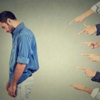 Comment vaincre la peur du regard des autres (jugement)?