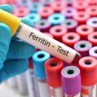 Trop de fer (ferritine) dans le sang: quelles solutions?
